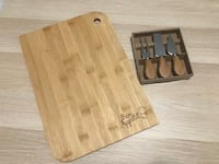 Brand new Bamboo Cutting Board and Knife Set Mississauga, L5T 1Z3