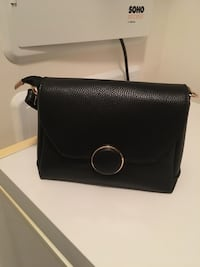black leather Michael Kors crossbody bag Fairfax, 22030
