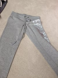 gray sweatpants Ottawa, K2V