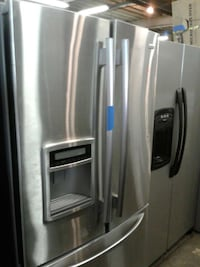 Kenmore  French doors refrigerator good condition