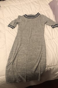 Dress fits like a small Montréal, H8N 1Y9