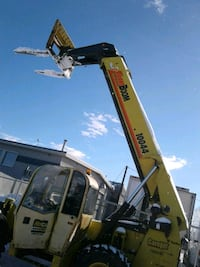 CARELIFT ZOOM BOOM FOR RENT Calgary, T3J 0C5