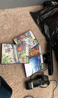 Kinect with 4 games and a charger Clarksburg, 20871