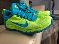 Nike training shoes running shoes! Size 9.5!! New Westminster, V3L 6H1