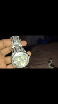 7c everything is real Watch was price $5000 I'm letting go for $3000 Washington, 20020
