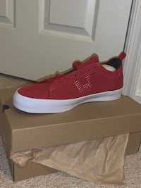 New red HUF shoes - skate shoes