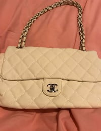 Chanel purse Surrey, V4N 1H5