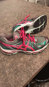 ASICS Nimbus Women's Running Shoes Sz 8 Everett, L0M 1J0