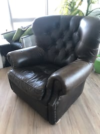 RH Churchill Chair - Classic Depth, Vintage Cigar Leather