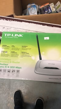 Tp link 300 mbps wireless router  Vaughan, L4K