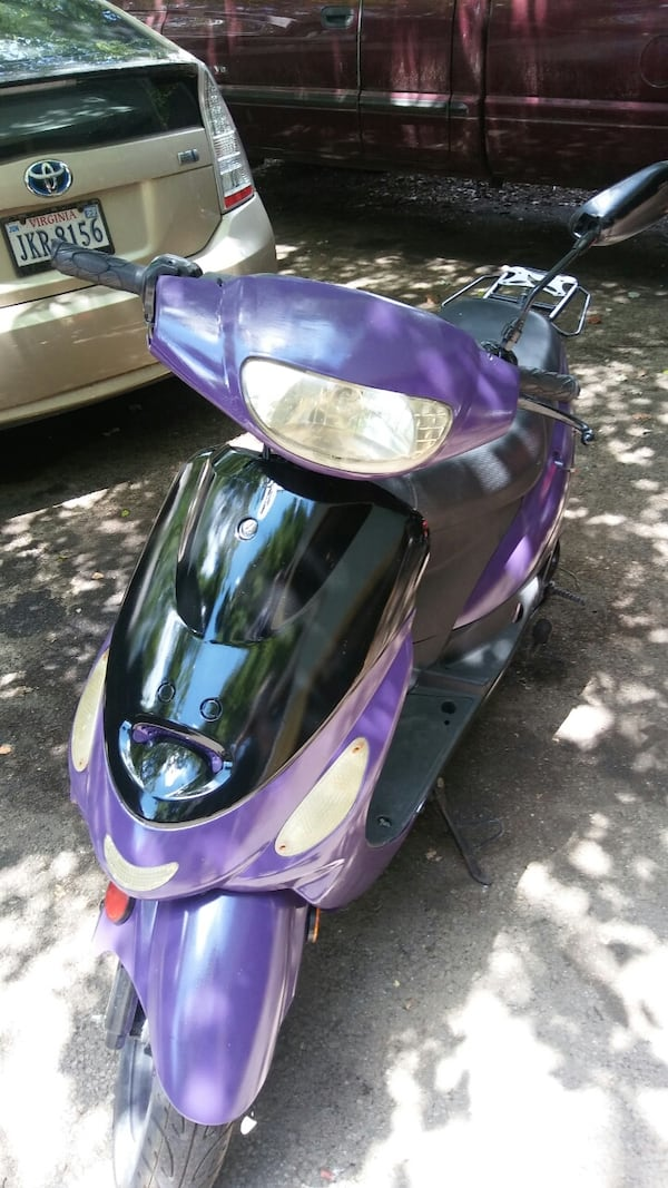 50cc Motor Scooter Purple Fast S'ooter. Just Refurbished!! Runs Great! 5