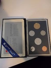 1990's collectors coin set Orillia, L3V 5B4