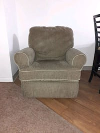 Gently used 360 rocker/recliner.