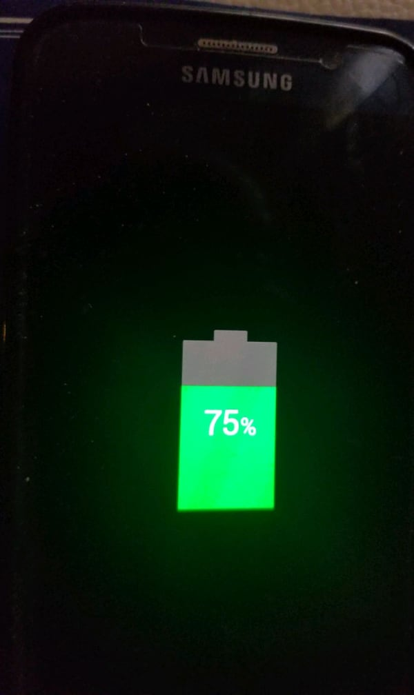 wireless cell phone charger e2fedc86-bd5f-4f49-870d-807c08bd6722