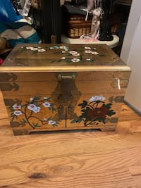 Antique gold floral jewelry box - beautiful design