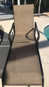 Dark brown lawn chair, comfortable, excellent condition  Kissimmee, 34744