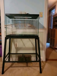 20 gallon fish tank with stand  Telford, 18969