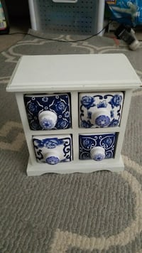 white and blue cube organizer Springfield, 22153
