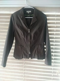Olive colored fitted fashion jacket sz 14. Fits sm (maybe junior sz?) Cambridge, N3C 4P5
