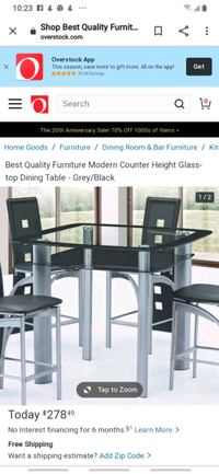 Dining room table only no chairs  Norfolk, 23502