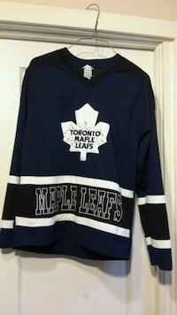 Maple Leaf's Jersey - CHECK  OUT  MY  OTHER  ITEMS