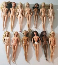 13 barbies dolls most of them  from 1998 Chantilly, 20151