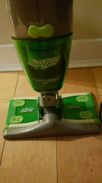 Swiffer Sweep and Vac Floor Vaccum Seattle, 98122