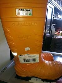 Road side safety Rain boots brand new Halifax, B3J