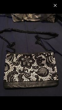 Brand new purse never used 782 km