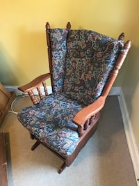 Rocker/Slider Chair with matching foot stool Harrisburg, 17110