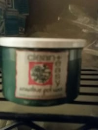 clean + easy label green canister Chicago, 60607