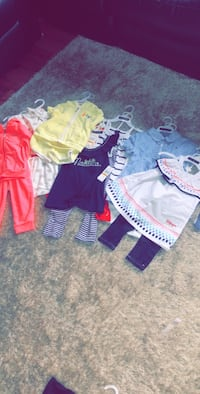 Girls 3t 8outfits  Chicago, 60637