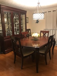 Dinning room set- table w/2 leaves, 8 chairs, Chiba cabinet Springfield, 22153