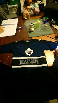 Leafs jersey  St. Catharines, L2M 6P3