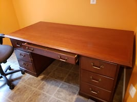 Solid, Like New office desk