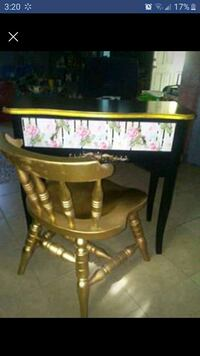 Cute little desk/vanity and chair newlly redone