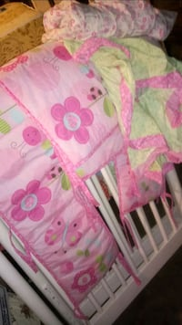 baby's white and pink polka dot bassinet Gainesville, 30501