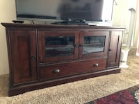 Cherry wood  tv stand El Cajon, 92020