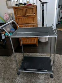 EUC modern tea trolley cart Vaughan, L4J 8M6