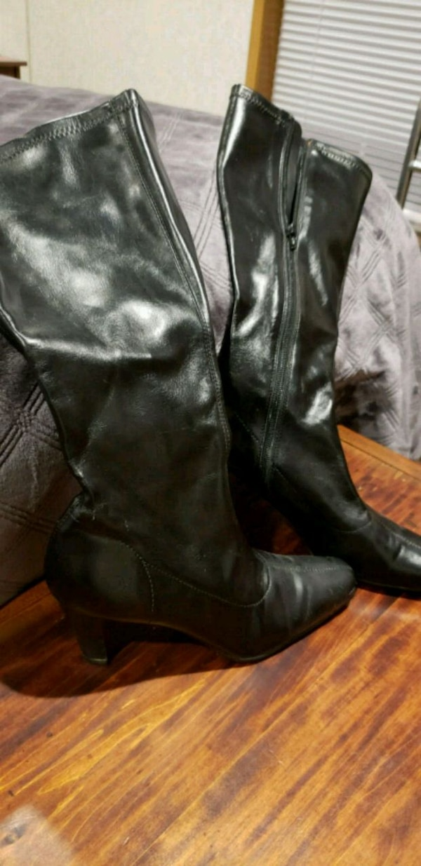 Womens Boots Size 6.5
