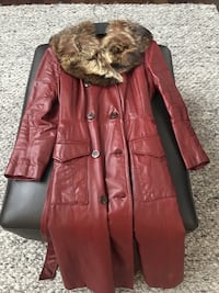 Vintage Leather fur collar  woman's coat size small burgundy color