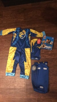 Paw patrol costume and puzzle Kitchener, N2A 2N6