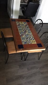 dining table Conroe, 77384