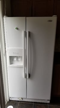 "Spacious Double Door Fridge 36"" MILTON"