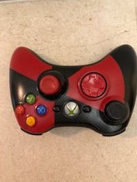 red and black Xbox One controller Ontario, 91764