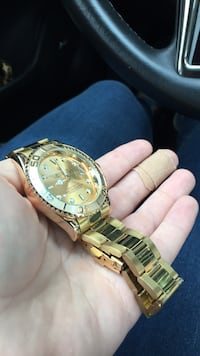 round gold chronograph watch with link bracelet Gaithersburg, 20879