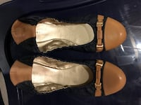 Woman's leather slip-on shoes Innisfil, L9S