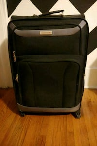AIRCANADA soft-side suitcase black and grey Windsor, N9B 2E6