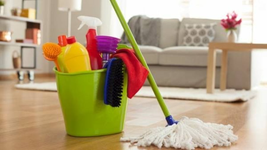 Residential and Commercial Cleaning Service 899d5890-1d16-4556-aa64-1f42346c8921