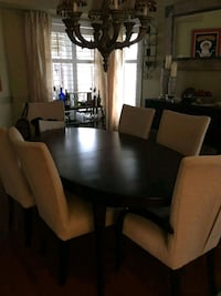 Dinning table & buffet / Table et buffet Laval, H7X 4C1